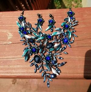 Handmade blue floral necklace and earnings set